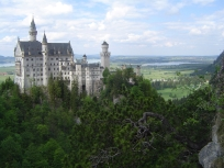 Neuschwanstein castle, DE, view from the mountain
